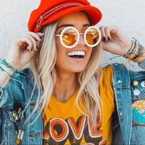DIFF Dixie Round Sunglasses in White Yellow lens